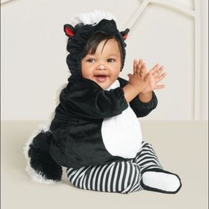 Baby skunk costume size 6-12 months